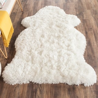 Safavieh Arctic Handmade White Hide Shaped Shag Rug (4' x 6')