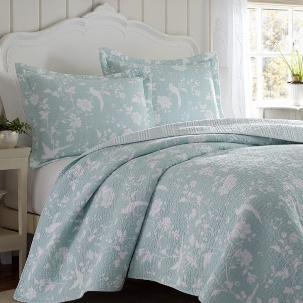 Laura Ashley Garden Paradise Reversible 3 Piece Quilt Set Overstock Shopping Great Deals On