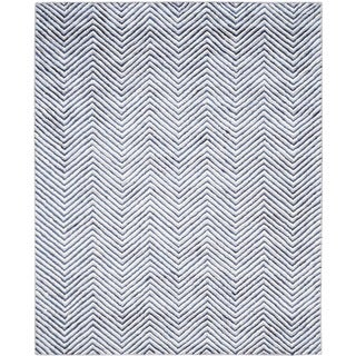 Safavieh Hand-Tufted Soho Ivory/ Navy N.Z. Wool Rug (8' x 10')