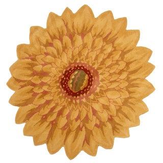 Hand-tufted Wool Marigold Flower Shaped Area Rug