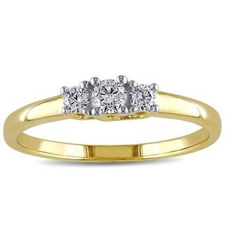 Miadora 10k Yellow Gold 1/4ct TDW Diamond Three Stone Ring (G-H, I2-I3)