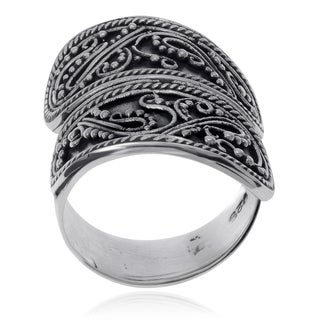 Journee Collection Sterling Silver Bali Design Wrap Ring