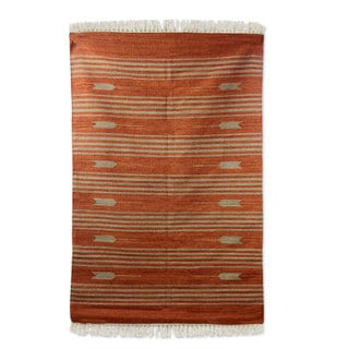 Handcrafted Wool 'Earthen Arrows' Rug 4x6 (India)
