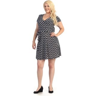 Women's Plus Size Black/ White Polka Dot Flare Dress