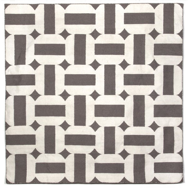 Stripe In Circle Outdoor Rug (8' x 8')