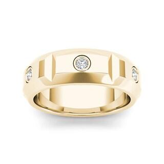 De Couer 14k Yellow Gold 1/4ct TDW Diamond Men's Wedding Band (H-I, I2)