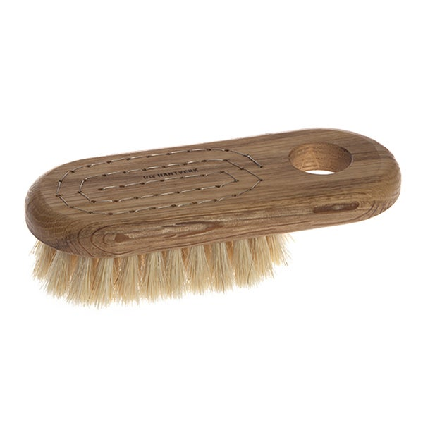 Iris Hantverk Oak Lovisa Handmade Horse Hair and Tampico Bristle Bath Brush