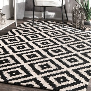 nuLOOM Handmade Abstract Wool Fancy Pixel Trellis Rug (5' x 8')
