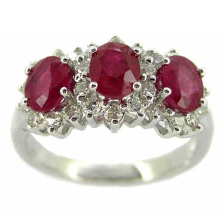 Kabella Luxe 18k White Gold 2/5ct TDW Diamond Oval Ruby 3-stone Ring (G-H, SI1-SI2)