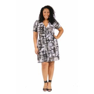 24/7 Comfort Apparel Women's Plus Size Abstract Gray Wrap Dress