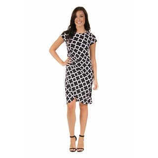 24/7 Comfort Apparel Women's Black and White Clover Cinch Dress