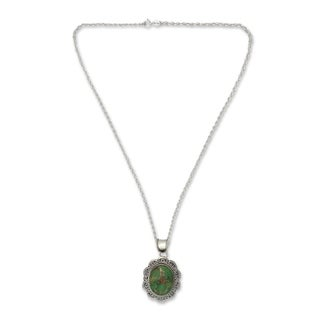 Sterling Silver 'Verdant Flower' Turquoise Necklace (India)