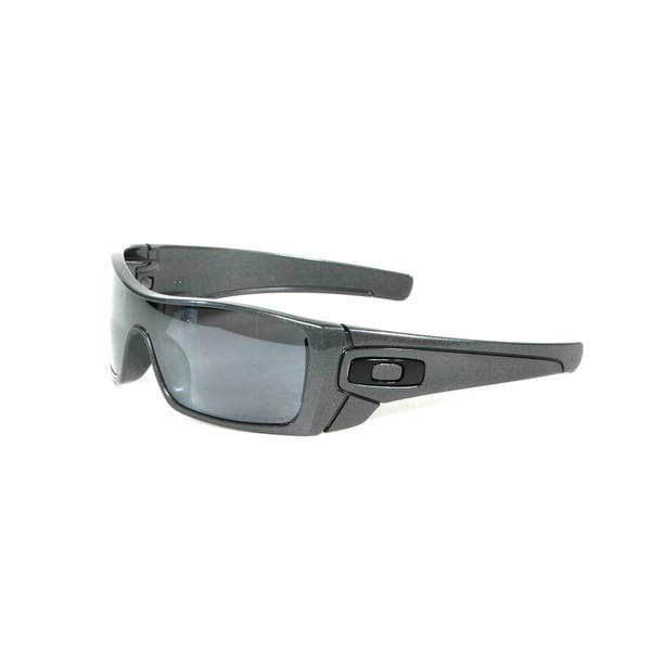 Oakley Granite Batwolf Sunglasses with Black Iridium Polarized Lenses