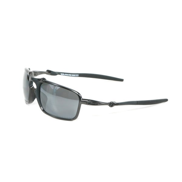 Oakley Dark Carbon Badman Sunglasses with Black Iridium Polarized Lenses