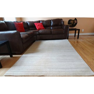 Hand-tufted Grey Natural Wool Rug (5' x 8')