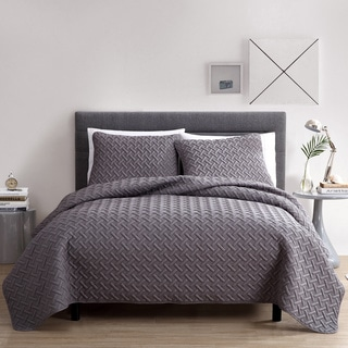 Nina Embossed 3-piece Quilt Set