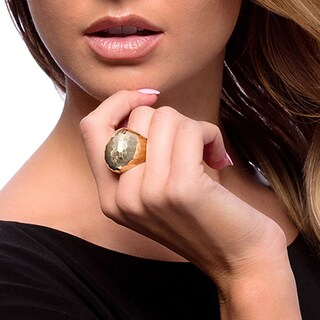 14k Yellow Gold Hammered Dome Estate Ring (Size 6)