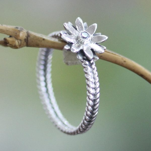 Sterling Silver 'April Daisy' Cubic Zirconium Ring (Indonesia)