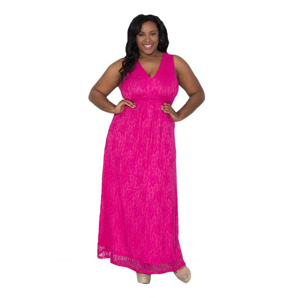 Sealed with a Kiss Women's Plus Size 'Elsa' Lace Maxi Dress