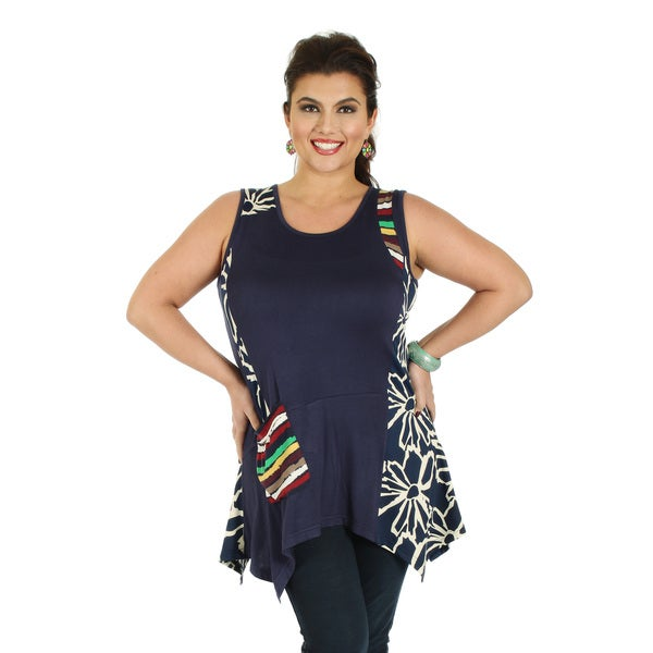 Women's Plus Size Sleeveless Blue Multicolor Top with Single Front Pocket and Sidetail