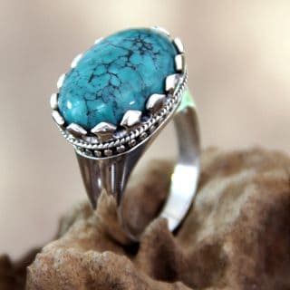 Handcrafted Sterling Silver 'Lavish Bali' Turquoise Ring (Indonesia)