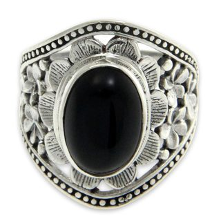 Handcrafted Sterling Silver 'Frangipani Mystery' Onyx Ring (Indonesia)