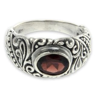 Handcrafted Sterling Silver 'Java Legacy' Garnet Ring (Indonesia)
