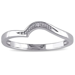 Haylee Jewels 10k White Gold Diamond Accent wedding band (G-H, I2-I3)