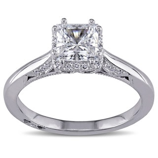 Miadora 18k White Gold Cubic Zirconia and 1/8ct TDW Diamond Ring (G-H, SI1-SI2)