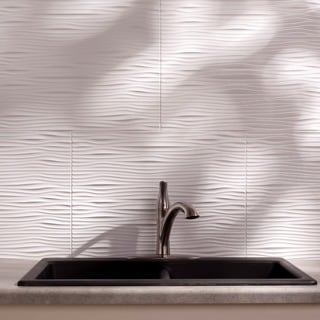 Fasade Waves Matte White 18-square Foot Backsplash Kit