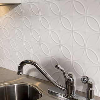 Fasade Rings Backplash Matte White 18-square Foot Backsplash Kit