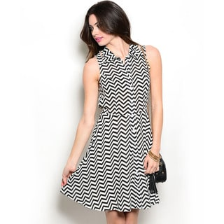Shop the Trends Women's Sleeveless Woven Fit and Flare Dress with Collared Neckline and Allover Chevron Pattern Print