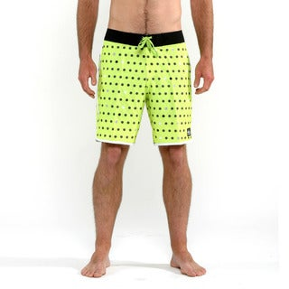 Quicksilver Men's Green Spot on Core Boardshorts
