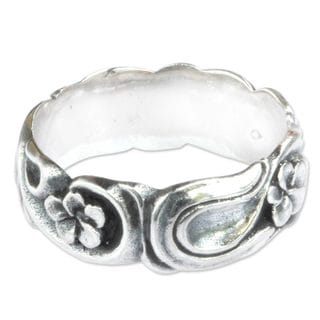 Handcrafted Sterling Silver 'Wild Plumeria' Ring (Indonesia)