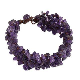Handcrafted Amethyst 'Lilac Flow' Bracelet (Thailand)