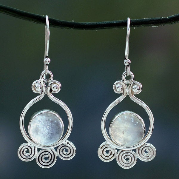 Handcrafted Sterling Silver 'Shimmer' Moonstone Earrings (India)
