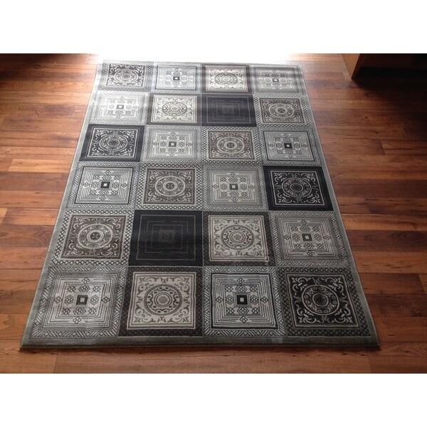 Contemporary Area Rug High Quality Grey Geometric Hallway