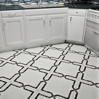 SomerTile 17.75x17.75-inch Aristocrat Gris Ceramic Floor and Wall Tile (Case of 5)
