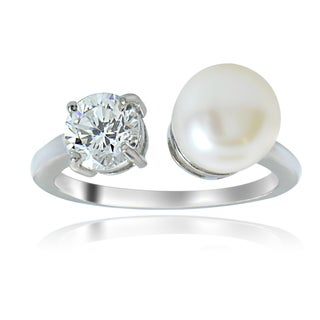 Glitzy Rocks Sterling Silver Pearl and Cubic Zirconia Ring