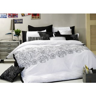 Empathy Black and White Cotton 7-piece Duvet Set