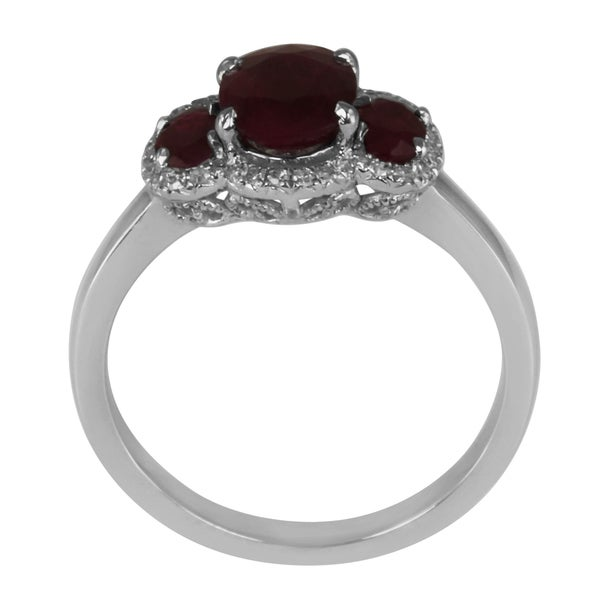 14k White Gold Ruby and 1/6ct TDW Diamond 3-stone Ring (G-H, SI2-SI3)