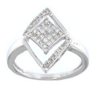 10k White Gold 1/3ct TDW Round and Princess-cut Diamond Ring (H-I, I2-I3)