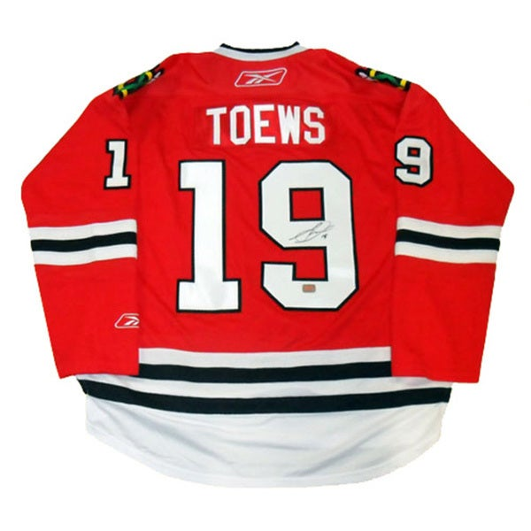 Jonathan Toews Autographed Red Chicago Blackhawks Jersey 15805630