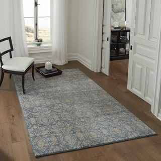 "Brighton Delicate Floral Machine-Made Rug (7'10""x9'10"")"
