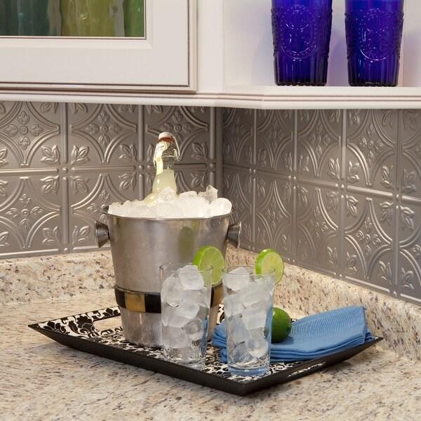 Fasade Traditional 1 Argent Silver 18-square Foot Backsplash Kit