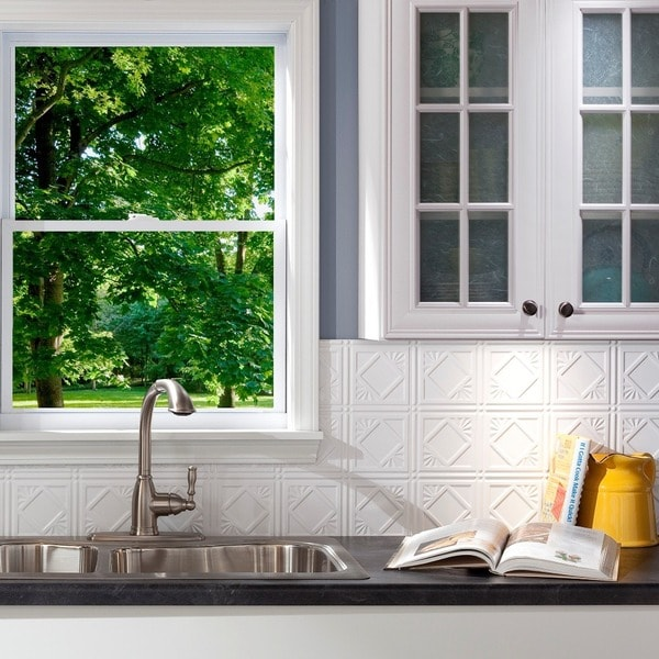 Fasade Traditional 4 Gloss White Backsplash Panel