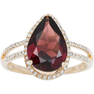 Viducci 10k Gold Garnet and 1/3ct TDW Diamond Halo Ring (G-H, I1-I2)