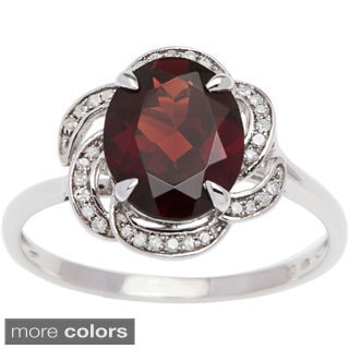 Viducci 10k Gold Garnet and 1/6ct TDW Diamond Ring (G-H, I1-I2)