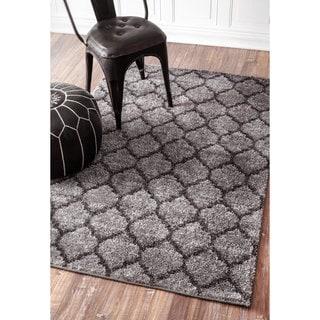 nuLOOM Soft and Plush Trellis Grey Shag Rug (7'6 x 9'6)