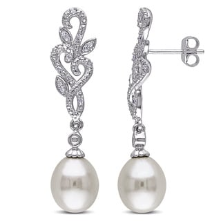 Miadora Silver Freshwater Pearl and 1/10ct TDW Diamond Earrings (G-H, I2-I3)